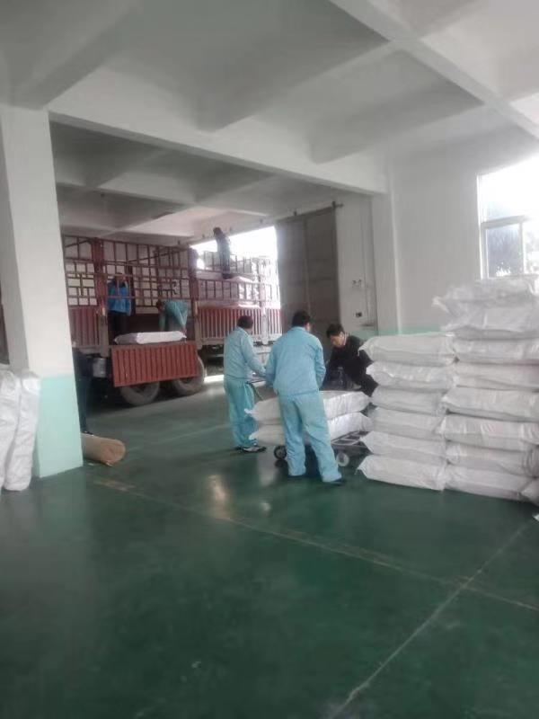 江苏优鼎公司:庆祝沙钢集团除尘布袋项目及时交付发货
